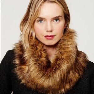 Loft NWOT Faux Fur Scarf Cowl Infinity Brown